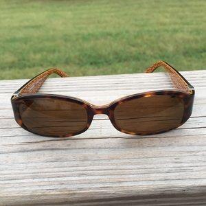 Coach Lindsay tortoise sunglasses frames heart